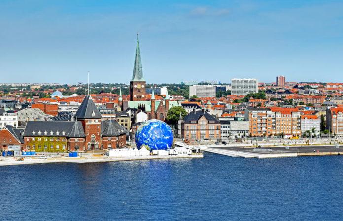 Aarhus set fra vandet